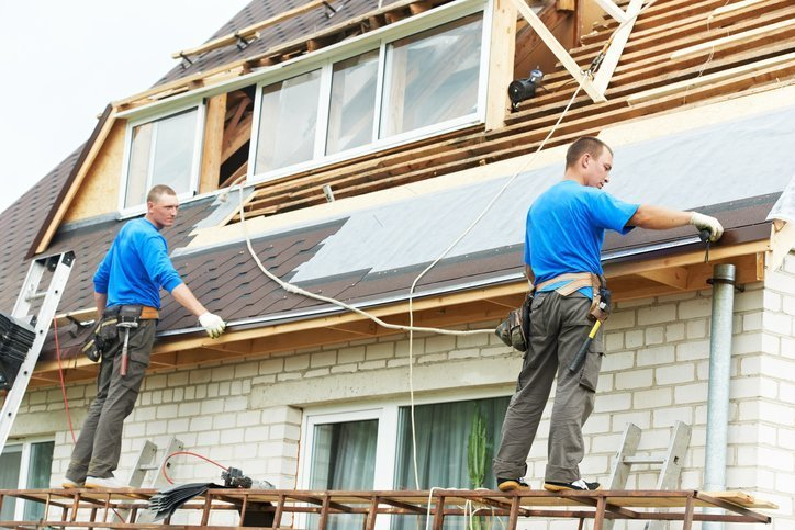 The Roofing Contractor: Hiring Professional Service Agents